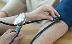 Día Mundial de la Hipertensión: mitos y realidades sobre las causas