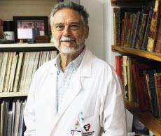 El Dr. Crottogini, promovido  a la máxima categoría de  Investigador del CONICET