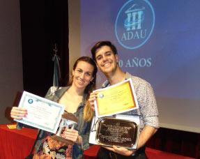 El vóley femenino de Favaloro premiado por la ADAU