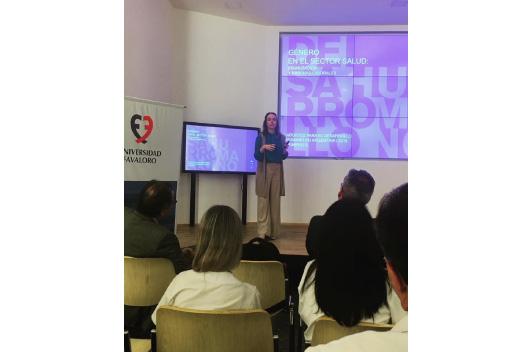 """Presentación Informe """"Género en el Sector Salud: feminización y brechas laborales"""""""