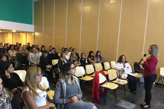 Conferencia sobre Educación y Marketing Social en Salud Pública y Nutrición